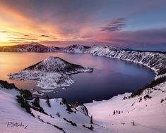 Take a winter hike, cruise along the scenic Rim Drive, or stay a night in the Crater Lake Lodge so you can be up at sunrise to catch a view like this. Crater Lake Lodge, Crater Lake Oregon, Crater Lake National Park, Cool Landscapes, Beautiful Landscapes, Bol D Air, Between Two Worlds, Hiking Photography, Nature Photography
