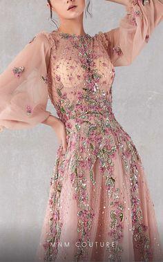 Haute Couture Gowns, Couture Dresses, Couture Fashion, Fashion Fashion, Gala Dresses, Bridal Dresses, Desi Wedding Dresses, A Line Evening Dress, Evening Dresses