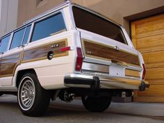 Great memories. Miss my old car... Jeep Grand Wagoneer