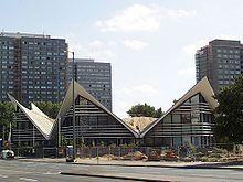 Großgaststätte Ahornblatt – Wikipedia