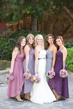 Lovin' these bridesmaids dresses - http://fabyoubliss.com/2014/08/14/charming-purple-lilac-and-green-arizona-wedding/