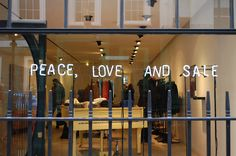 SALE, NEW WINDOWS AND EXHIBITIONS - VM