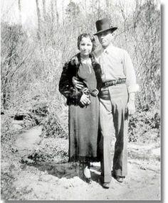 Bonnie Parker & Clyde Barrow - Armed & Dangerous