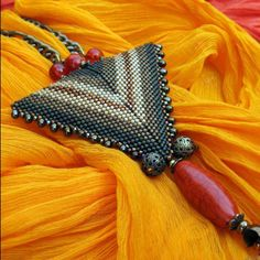 Triangle seed beads pendant with agate stone.Beaded by Create Something .