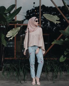 Hijab style #StreetHijabFashion