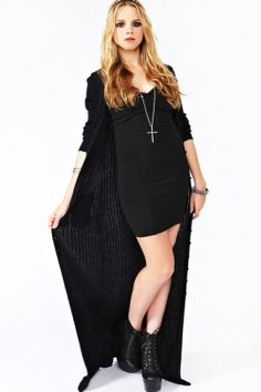 (via Black Clothes Only / Abbey Knit Duster)
