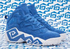 Kentucky retailer Oneness is hooking up with FILA to release an exclusive Oneness FILA MB Kentucky Mashburn 1 to pay homage to the University of Kentucky Cool Trainers, Urban Gear, Sneaker Bar, Nike Boots, Sneaker Boutique, Sports Footwear, Hip Hop Outfits, Sport Wear, Types Of Shoes