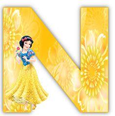 Alfabeto de Blancanieves con letras amarillas. | Oh my Alfabetos!