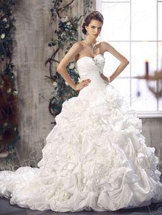 ピックアップ ローウェスト ハートネック チャペルトレーン ウエディングドレス 豪華なデザイン B12069  税込: ¥83,700