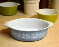 Vintage Pyrex Early American Americana Country Kitchen Casserole #045 2.5Qt  1962-1971
