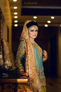 Pakistani Couture, Pakistani Outfits, Pakistani Bridal, Indian Outfits, Pakistani Clothing, Indian Clothes, Mehndi Outfit, Mehndi Dress, Couture Dresses