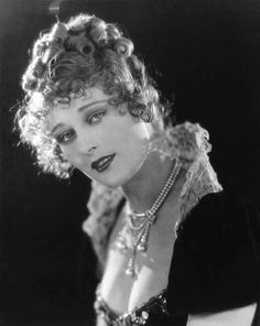 Dolores Costello grandmother of Drew barrymoore Photoshop color ! Hollywood Stars, Hollywood Icons, Golden Age Of Hollywood, Vintage Hollywood, Hollywood Glamour, Classic Hollywood, Drew Barrymore, Barrymore Family, Dolores Costello