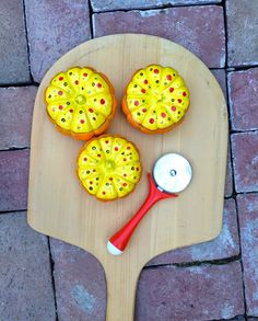 Perfect for fall birthdays, have the kids paint their own pizza pumpkins!