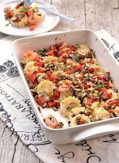 gnocchi di semolino al basilico e gamberetti con verdure dell'orto