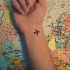 Ideas For Travel Tattoo Small Ideas Ink Mini Tattoos, Dream Tattoos, Little Tattoos, Future Tattoos, Pretty Tattoos, Beautiful Tattoos, Cool Tattoos, First Tattoo, Get A Tattoo