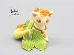 Green purrmaid cat clay sculpture cat sculpture von JuskanCreations