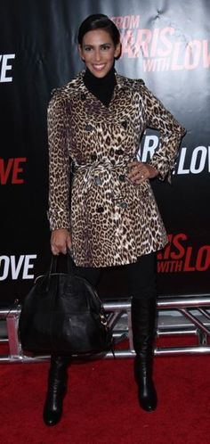 How I loved those sexy Dior boots. But what was I thinking with that big day bag for the red carpet?!