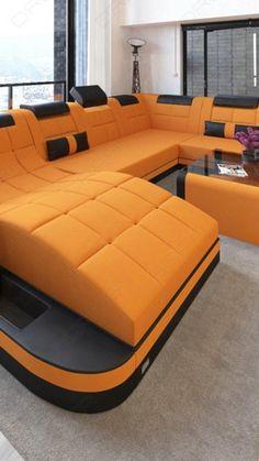 Bei uns findest du dein perfektes Sofa, ob Ecksofa, Ledersofa, Stoff Sofa, Wohnlandschaft aus Leder oder Stoff. Die Designer Möbel aus dem Hause Sofa-Dreams bieten hohen Komfort, einzigartiges Design, Gemütlichkeit und sind ein Hingucker in jedem modernen Wohnzimmer. Dein Luxus Haus wird mit einem Designer Sofa nur noch schöner. #Sofa #Wohnlandschaft