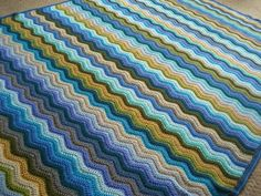 Ripple Blanket   Wow!  I don't know how long this would take but I want to try one sometime!