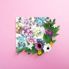 Floral wrapping paper #STYLING