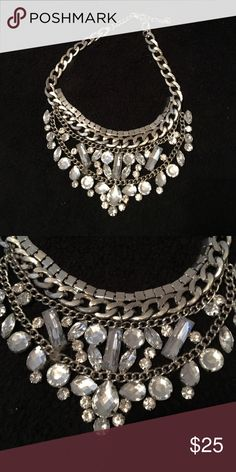Beautiful crystal statement necklace Simply stunning Jewelry Necklaces