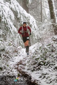 isensearunner:    Ellie Greenwood, Reppin Canada and setting a new course record at Chuckanut 50k  Source: Long Run Picture Company