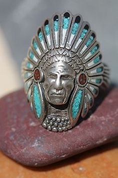 Vintage 925 Sterling Silver Shiprock Mosaic Turquoise Indian Chief Ring