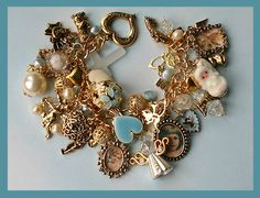 Charms Jewelry Thinking of having the little girls make vintage charm bracelets as part of the Mermaid treasure I Love Jewelry, Heart Jewelry, Jewelry Art, Antique Jewelry, Jewelry Bracelets, Vintage Jewelry, Jewelry Accessories, Jewelry Making, Jewellery Photo
