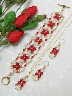 Beaded Swarovski Super Duo & Pearl bracelet - Another! Beaded Earrings, Beaded Jewelry, Beaded Bracelets, Ankle Bracelets, Silver Bracelets, Sunflower Necklace, Twin Beads, Beads And Wire, Artisanal