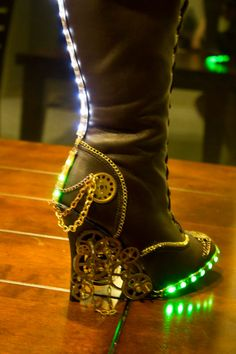 steampunk/Victorian Knee high Boots by HotAirBallonRide on Etsy from HotAirBallonRide on Etsy. Saved to I want to put on my boogie shoes. Costume Steampunk, Steampunk Shoes, Style Steampunk, Victorian Steampunk, Steampunk Clothing, Steampunk Fashion, Steampunk City, Victorian Boots, Steampunk Design