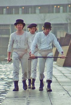 Droogs - Clockwork Orange - Malcolm McDowell - A Film By Stanley Kubrick Stanley Kubrick, Film Science Fiction, Pulp Fiction, Alfred Hitchcock, Movie Shots, Movie Tv, Martin Scorsese, French Film, Bon Film