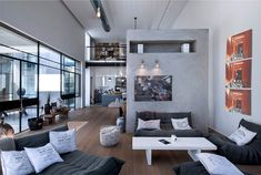 L-Shaped House with Functional Interior by Neuman Hayner Architects Living Room Grey, Living Room Decor, Living Spaces, L Shaped House, Industrial House, Modern Industrial, Trendy Home, Modern House Design, Beautiful Homes