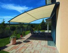 I like the simplicity and I like the retractable awning! <3