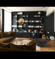 Black Interior Design, Country Dining Rooms, Basement Makeover, Dark Interiors, Beautiful Living Rooms, Apartment Furniture, Cozy House, Room Inspiration, New Homes