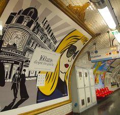 Le Bon Marche ad at the Chatillion Metro stop