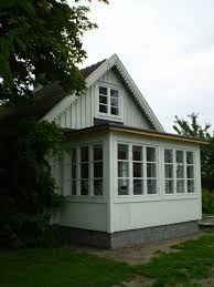 Bildresultat för utbyggnad klassisk gammalt hus plåttak