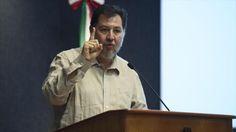 Un candidato presidencial mexicano considera paradójica la posición del Gobierno de Peña Nieto, ya que 'lo que ocurre en Venezuela también ocurre en México'.