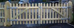 picket fence driveway gate ideas | Driveway entrance gates. Any height. Any width