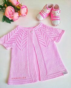 Baby Knitting Patterns, Knitting Designs, Knitting Stitches, Baby Patterns, Embroidery On Kurtis, Kurti Embroidery Design, Baby Vest, Baby Cardigan, Knitting Dolls Clothes