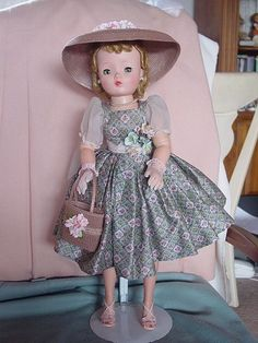 MADAME ALEXANDER HARD PLASTIC USED  CISSY DOLL IN EXQUISITE DRESS ENSEMBLE!