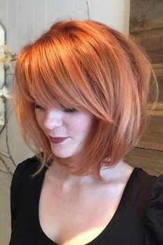 55 Incredible Short Bob Hairstyles & Haircuts With Bangs Bobbed Hair styles Hairstyle For Chubby Face, Bob Hairstyles For Round Face, Messy Bob Hairstyles, Haircut For Thick Hair, Hairstyles Haircuts, Bob Haircuts, Short Hair For Chubby Faces, Chubby Face Haircuts, Vintage Hairstyles