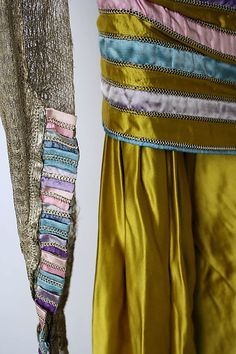Lucile Dress - detail - 1914-16 - by Lucile (British, 1863-1935) - Silk - @~ Mlle