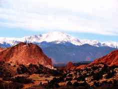 Colorado Springs, Garden of the Gods - Observer the rock formations and wildlife in this area. You can do easy hikes with the family and have great views of Pike's Peak.- bhk   #educationalactivities #coloradosprings