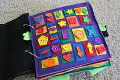 Baby Quiet Books - would be so cute to have but I think it's a little advanced for me to make... Maybe someday :D Baby Crafts, Toddler Crafts, Infant Activities, Book Activities, Activity Books, Baby Quiet Book, Sensory Book, Quiet Book Patterns, Busy Boxes