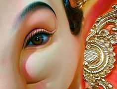 Make this Ganesha Chathurthi 2020 special with rituals and ceremonies. Lord Ganesha is a powerful god that removes Hurdles, grants Wealth, Knowledge & Wisdom. Om Ganesh, Clay Ganesha, Ganesh Lord, Ganesh Idol, Shree Ganesh, Ganesha Art, Ganesha Pictures, Ganesh Images, Ganesh Bhagwan