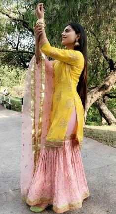 Best 12 – Page 347269821267524596 – SkillOfKing.Com a khan Pakistani Fashion Casual, Punjabi Fashion, Pakistani Dress Design, Pakistani Outfits, Indian Fashion, Pakistani Mehndi Dress, Sharara Designs, Kurti Designs Party Wear, Stylish Dress Designs