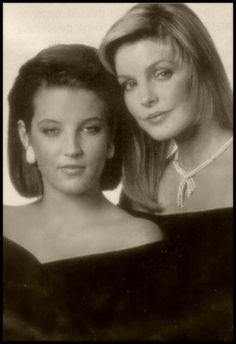 Pricilla Ex-wife of Elvis Presley and their daughter Lisa Marie Presley Lisa Marie Presley, Priscilla Presley, Elvis Presley Family, Elvis Presley Photos, Hollywood, Mississippi, Michael Jackson, Norma Jeane, Graceland