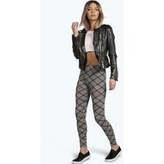 Boohoo Arden Checked Leggings ($8) ❤ liked on Polyvore featuring pants, leggings, grey, grey skinny pants, patterned pants, gray skinny pants, patterned leggings e grey leggings