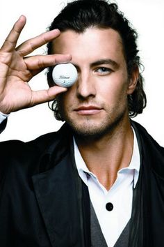 Adam Scott - why I don't make the hubby turn off golf :)