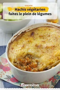 Vegetarian pie a gourmet and delicious dish Vegetarian Shepherds Pie, Quick Vegetarian Meals, Batch Cooking, Cooking Recipes, Veggie Recipes, Healthy Recipes, Apple Recipes, Plat Vegan, Tasty Dishes
